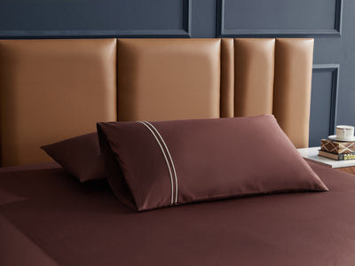 Hotelier Prestigio™ Bruno With Tawny Lines Fitted Sheet Set