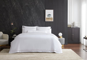 Hotelier Prestigio™ Lucent White With Grey Lines Quilt Cover