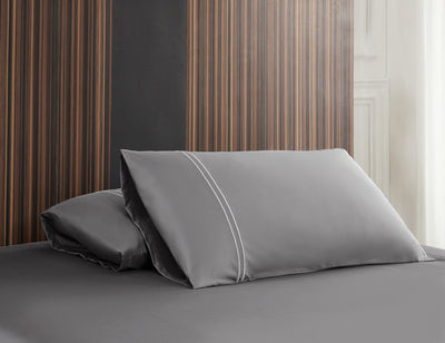 Hotelier Prestigio™ Lloyd With White Lines Fitted Sheet Set