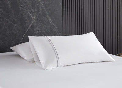 Hotelier Prestigio™ Lucent White With Grey Lines Fitted Sheet Set