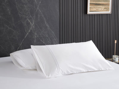 Hotelier Prestigio™ Lucent White With White Lines Fitted Sheet Set