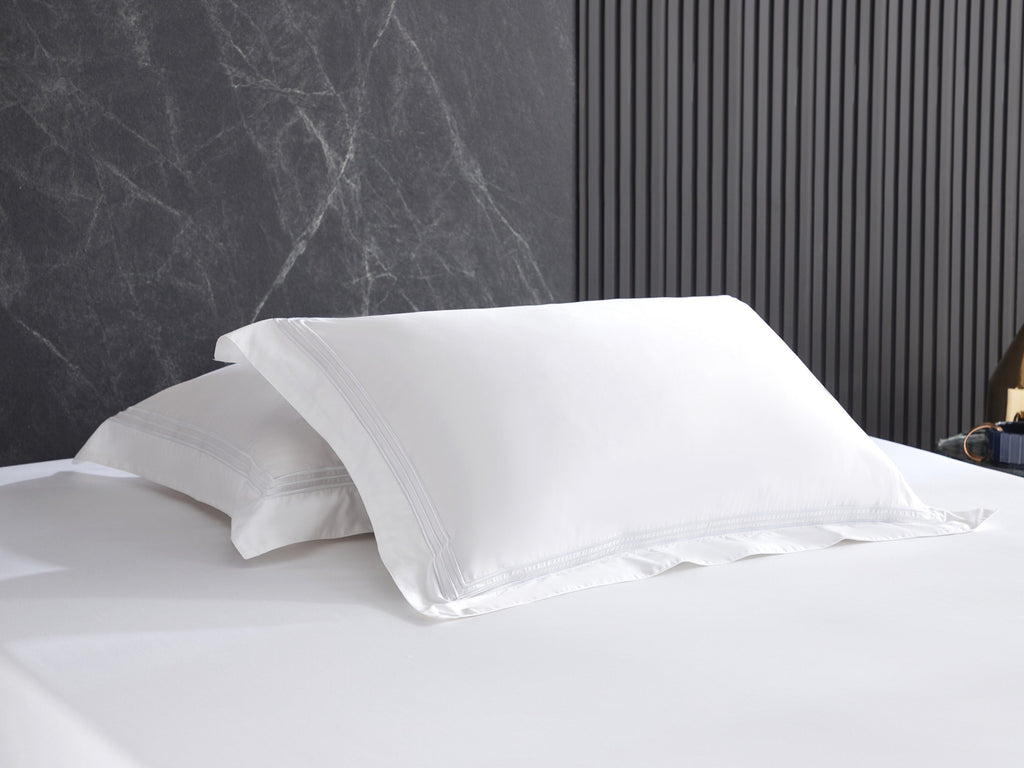Hotelier Prestigio™ Lucent White With Line Border Pillow Case - Bedding Affairs