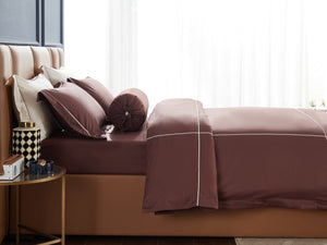 Hotelier Prestigio™ Bruno With Tawny Cross Border Bolster Case