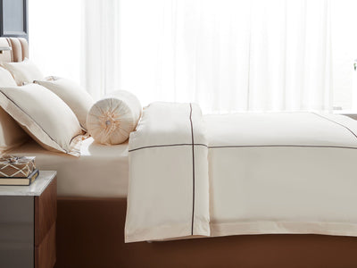 Hotelier Prestigio™ Aruna With Umber Cross Border Fitted Sheet Set - Bedding Affairs