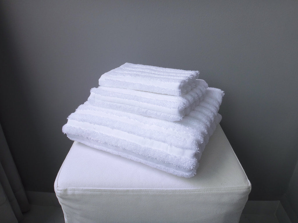 Hotelier Prestigio™ Stripe White Towel Collection - 3 Pcs Set - Bedding Affairs