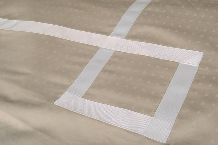 Palais Suite™ Silk Paper With White Ribbon Belt Pillow Case - Bedding Affairs