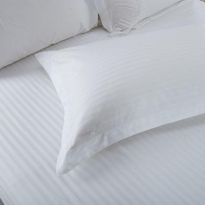 Hotelier Prestigio™ White Sateen Stripe Fitted Sheet Fitted Sheet Set Hotelier Prestigio™