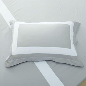Hotelier Prestigio™ Luxury Cliff Grey White Border Quilt Cover