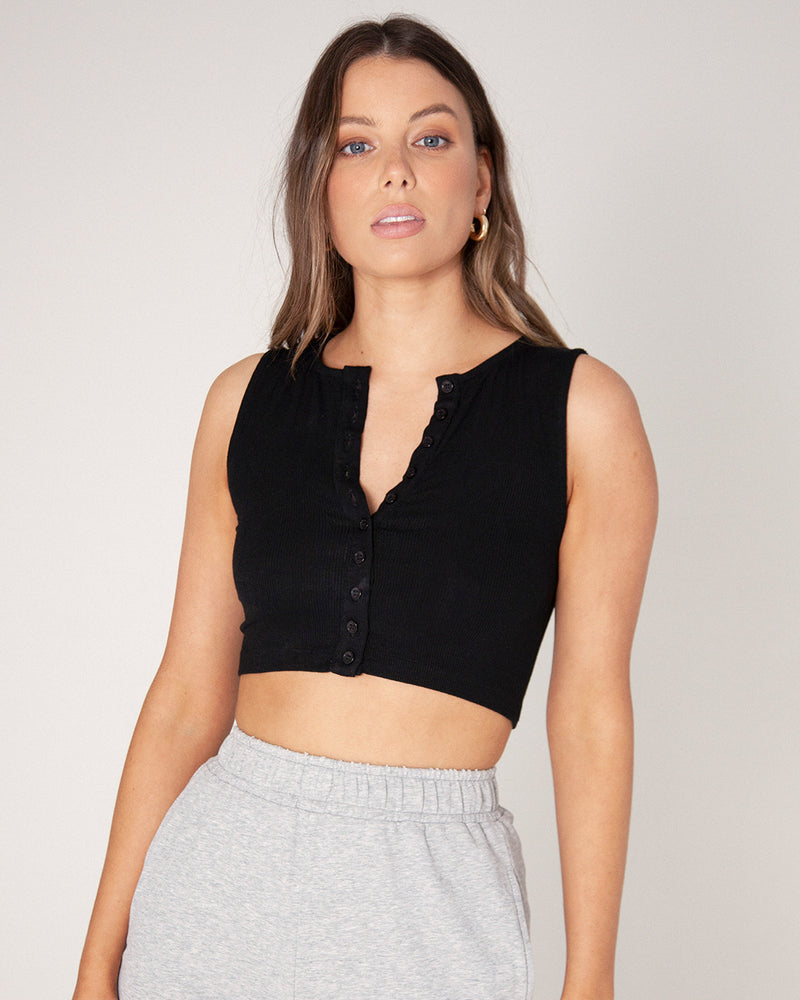 BUTTON DOWN CREW NECK CROP - BLACK