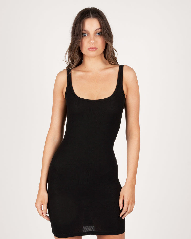 SCOOP NECK DRESS - BLACK