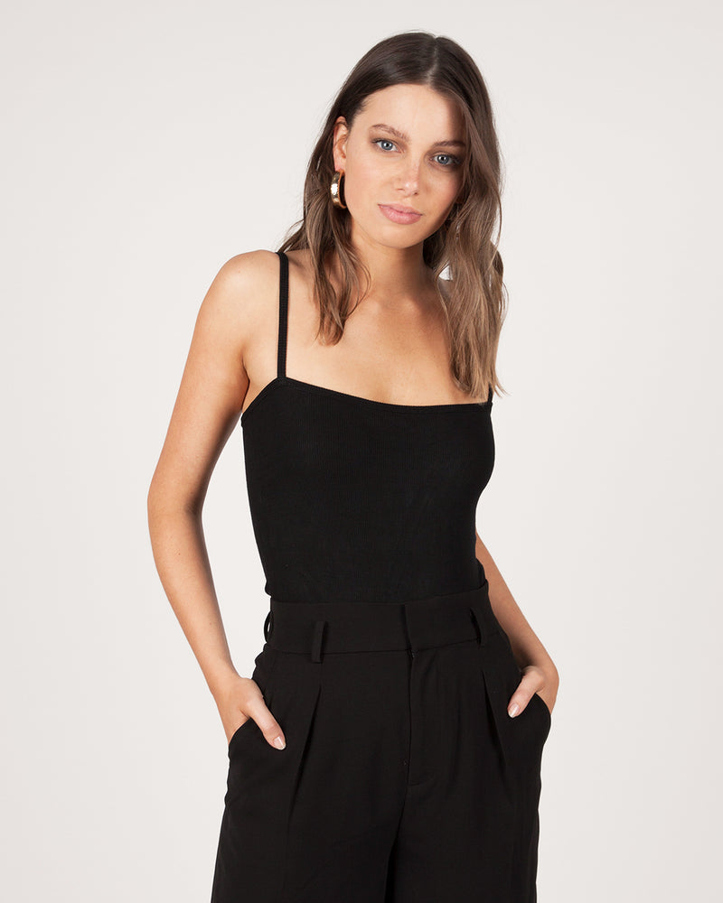 SQUARE STRAP BODYSUIT - BLACK