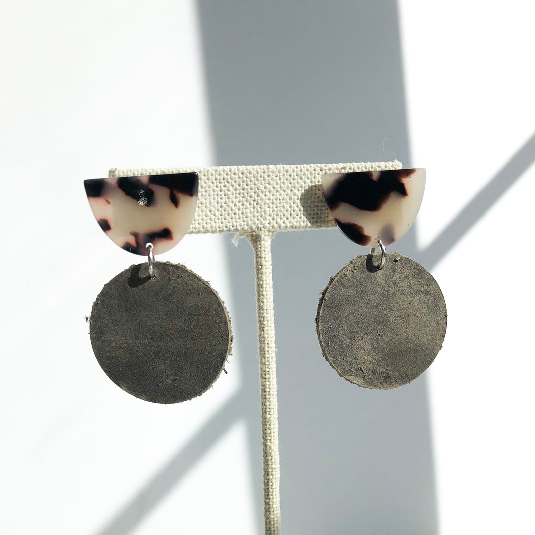 Caroline Earring - Grey