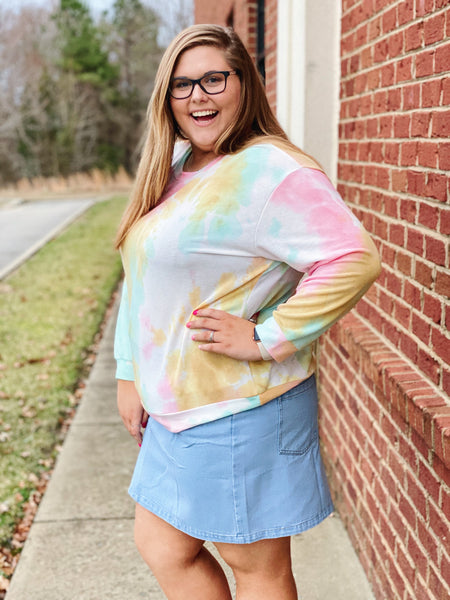 The Rose Tie Dye Top in Mint/Pink