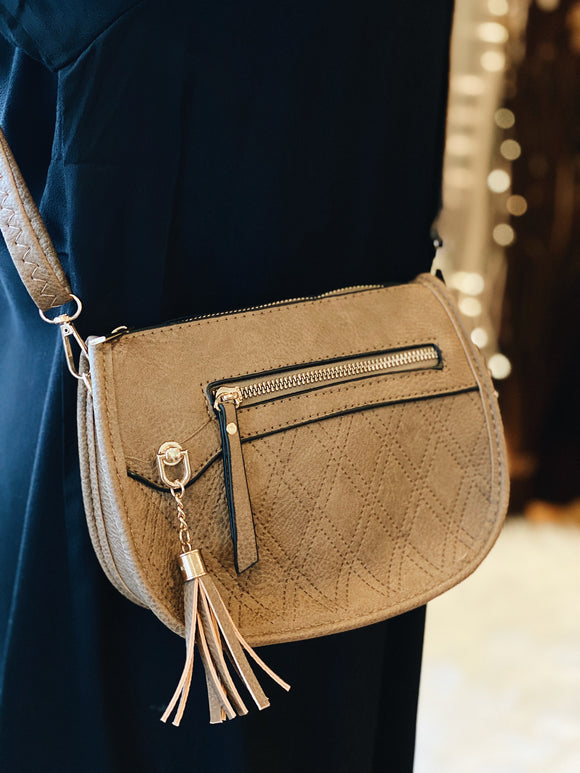 Classic Intuitions Purse in Brown