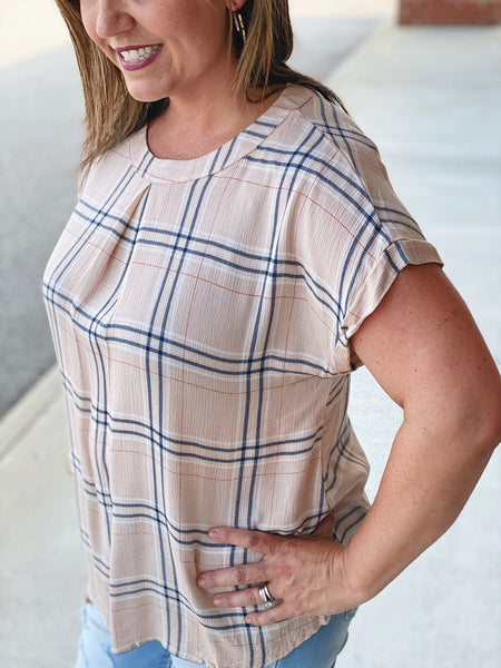 The Weslee Plaid Top in Beige/Navy