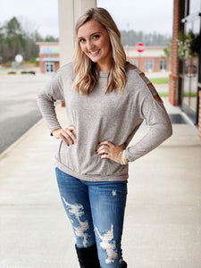 The Dixie Cutout Top in Oatmeal