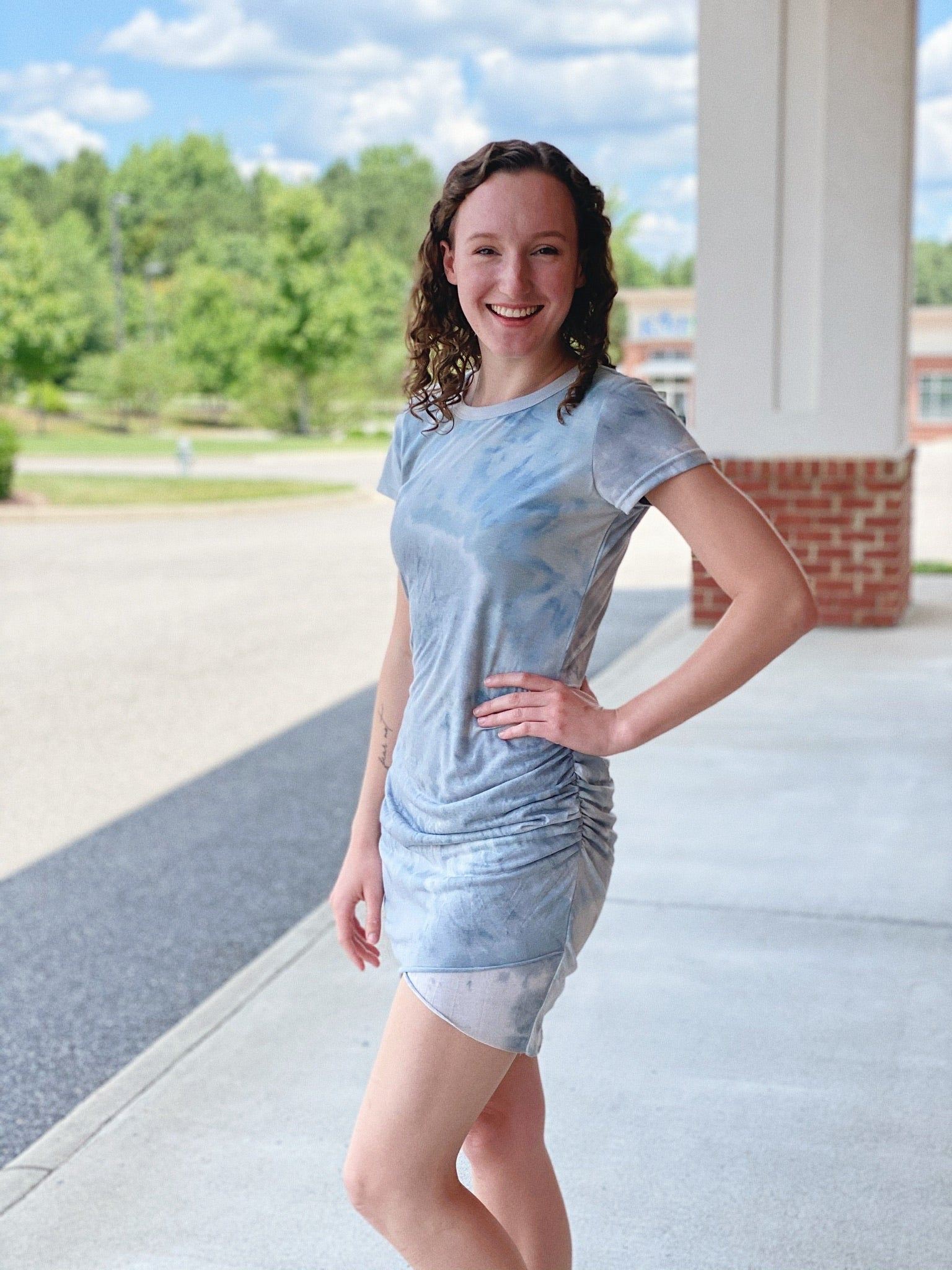 The Willow Tie Dye Dress in Dove