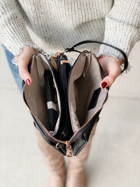 The Riley Crossbody/Wristlet in Black