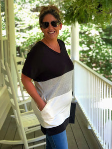 Lazy Days Tunic Top In Black