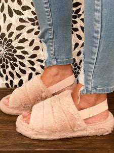 Fuzzy Slippers in Blush