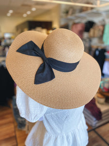 The Brielle Hat in Tan/Black