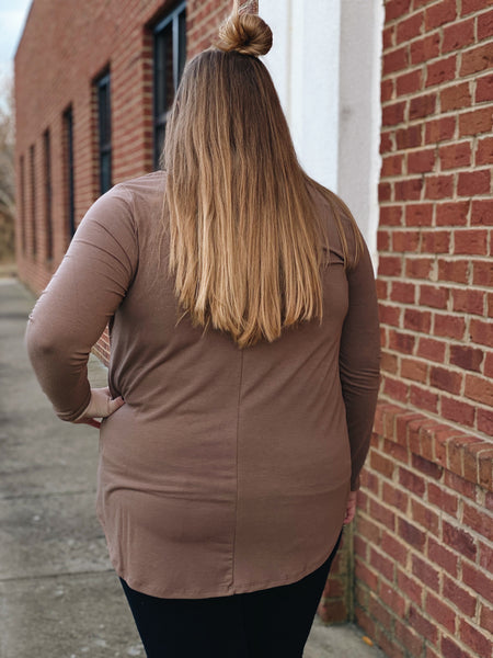 Graceful Simplicity Top in Mocha