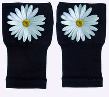 Load image into Gallery viewer, Arthritis  Gloves - Carpal Tunnel Treatment - Wrist Support - Hand Brace - Elegant Daisy