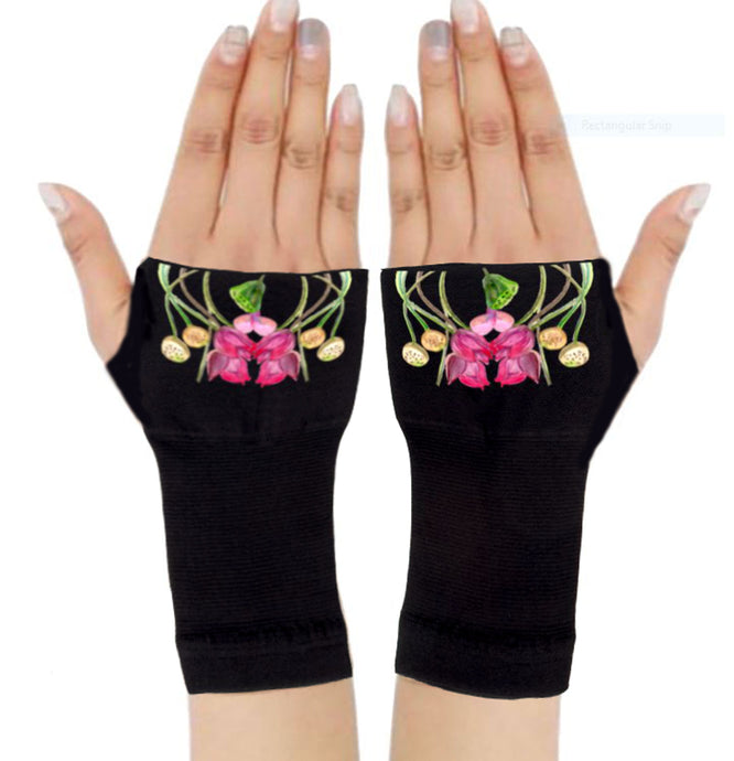 Arthritis  Gloves - Carpal Tunnel Treatment - Wrist Support - Hand Brace - Wild Flowers