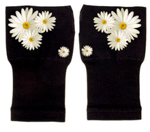Load image into Gallery viewer, Arthritis Gloves - Carpal Tunnel Treatment - Wrist Support - Hand Brace - Pretty Daisies