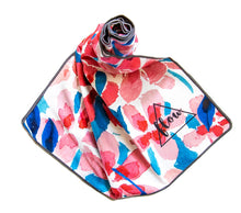 Load image into Gallery viewer, Flow Floral Yoga Towel