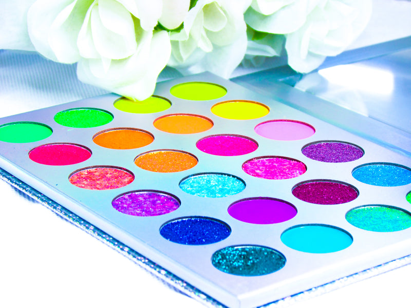 Netboxx glow in the dark Instaglow Palette 2.0