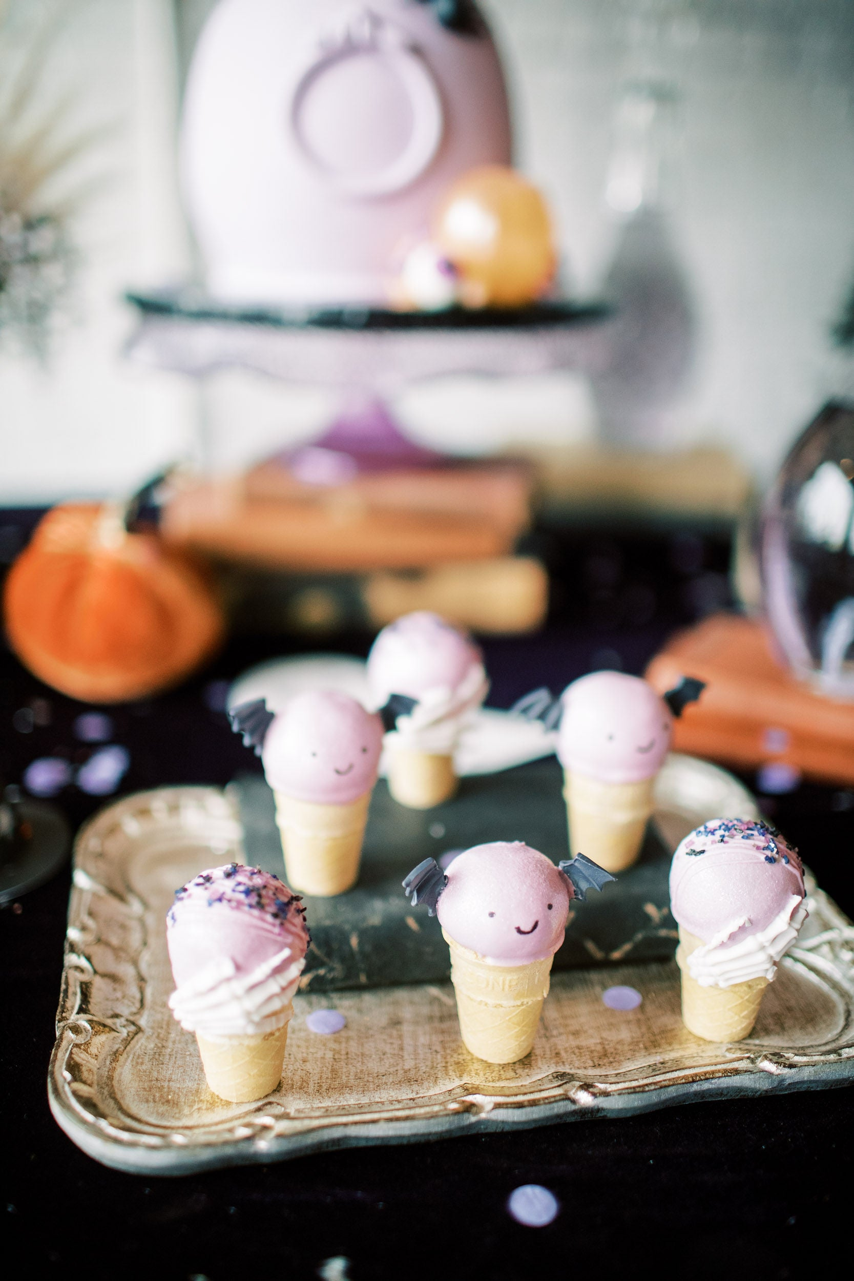 halloween treats and halloween cake pops