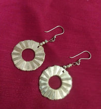 Load image into Gallery viewer, Dokra Earrings