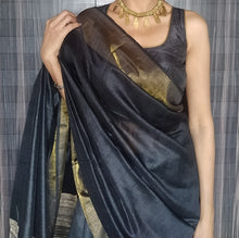 Load image into Gallery viewer, Black golder tussar silk saree chanchal handloom bhagalpuri ghicha India