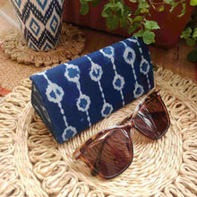 Load image into Gallery viewer, Indigo Chain Shade Case Chanchal Neela collection