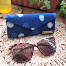 Load image into Gallery viewer, Neela ~ Indigo Polka Dot Shade Case Chanchal