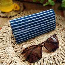 Load image into Gallery viewer, Indigo Stripe Shade Case Chanchal