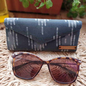 Grey Waves Shade Case Chanchal