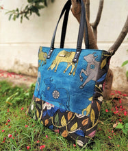 Load image into Gallery viewer, Blue Kalamkari Bucket Tote Handbag Chanchal Vegan