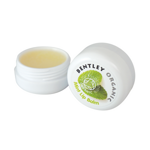 Bentley Organic Mint Lip Balm. Ideal to help hydrate and condition your lips, our organic lip balms are made with: organic sweet almond oil, organic cocoa butter and organic coconut oil, renowned to deeply nourish the skin. Hydrates lips. Conditions lips. Suitable for all skin types. Organic beauty. Vegan. Vegan Beauty. Flawless Organics. Cruelty Free. Against animal cruelty. Award Winning. Natural. Makeup.