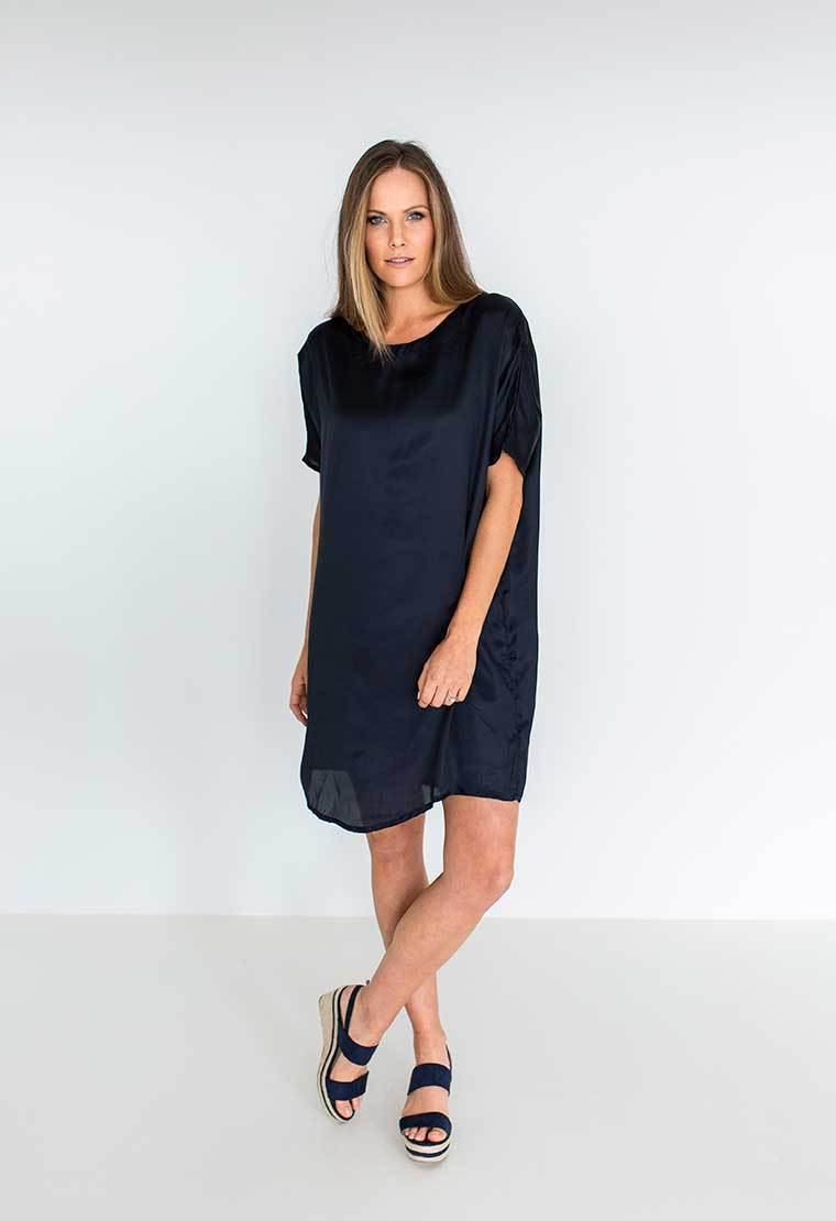 Humidity Lifestyle Long Island Dress | Indigo