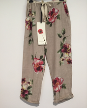 Load image into Gallery viewer, Montaigne Paris Italian Linen Floral Pant