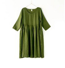 Load image into Gallery viewer,  Montaigne Paris Italian Linen Tuscany Dress