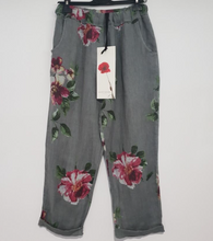 Load image into Gallery viewer, Montaigne Paris Italian Linen Floral Pant, linen Clothing, Linen Pant, The Corner Store Yamba