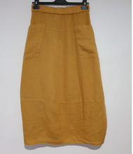 Load image into Gallery viewer, montaigne paris Italian Linen Eva straight Skirt