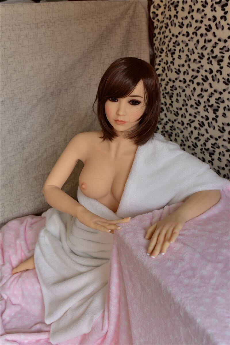 125cm 4.1ft Japanese Sex Doll With 3 Entries C Cup Adult Real Love Doll Bettina-sexdollslab.com