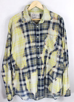 Vintage Navy, Sage Green and Pale Yellow Flannel Size XL
