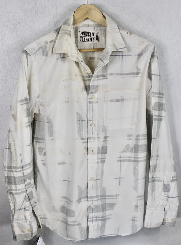 Vintage White and Pale Grey Flannel Size Medium