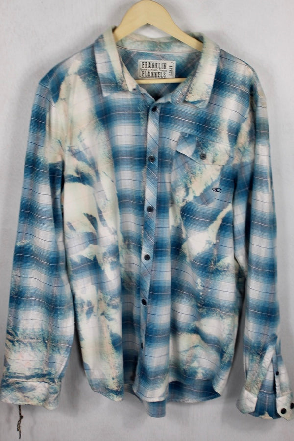 Vintage Cream and Blue Flannel Size Large