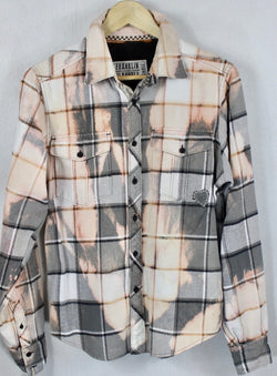 Vintage Light Grey, Peach and Cream Flannel Size Small